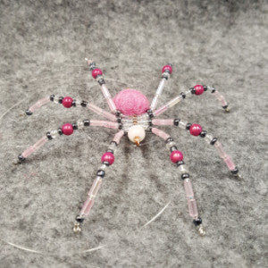 M065 Beaded Christmas Spider - Trinkets & Things Handmade with Aloha