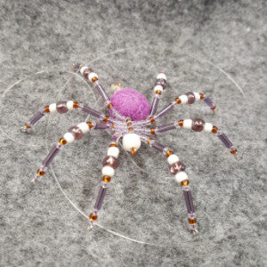 M068 Beaded Christmas Spider - Trinkets & Things Handmade with Aloha