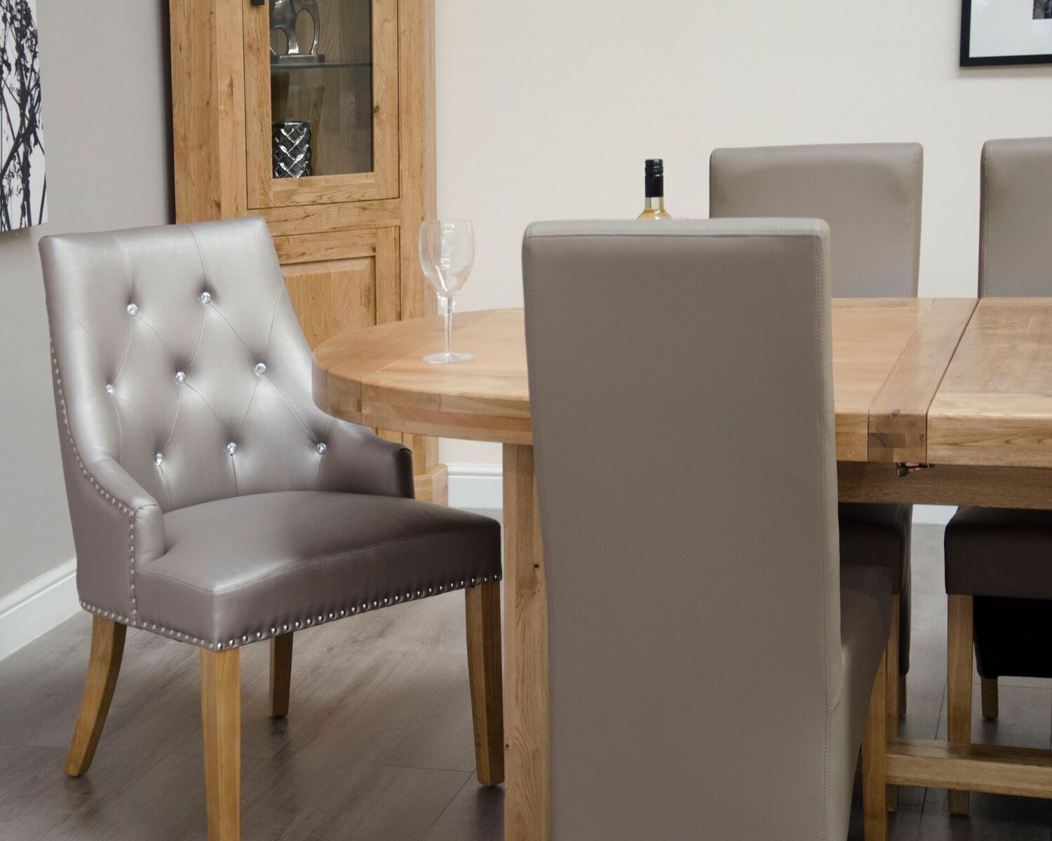 Deluxe Oak Dining Set - 167cm-247cm Oval Super Extending with 10 Wave Bonded Mushroom Chairs