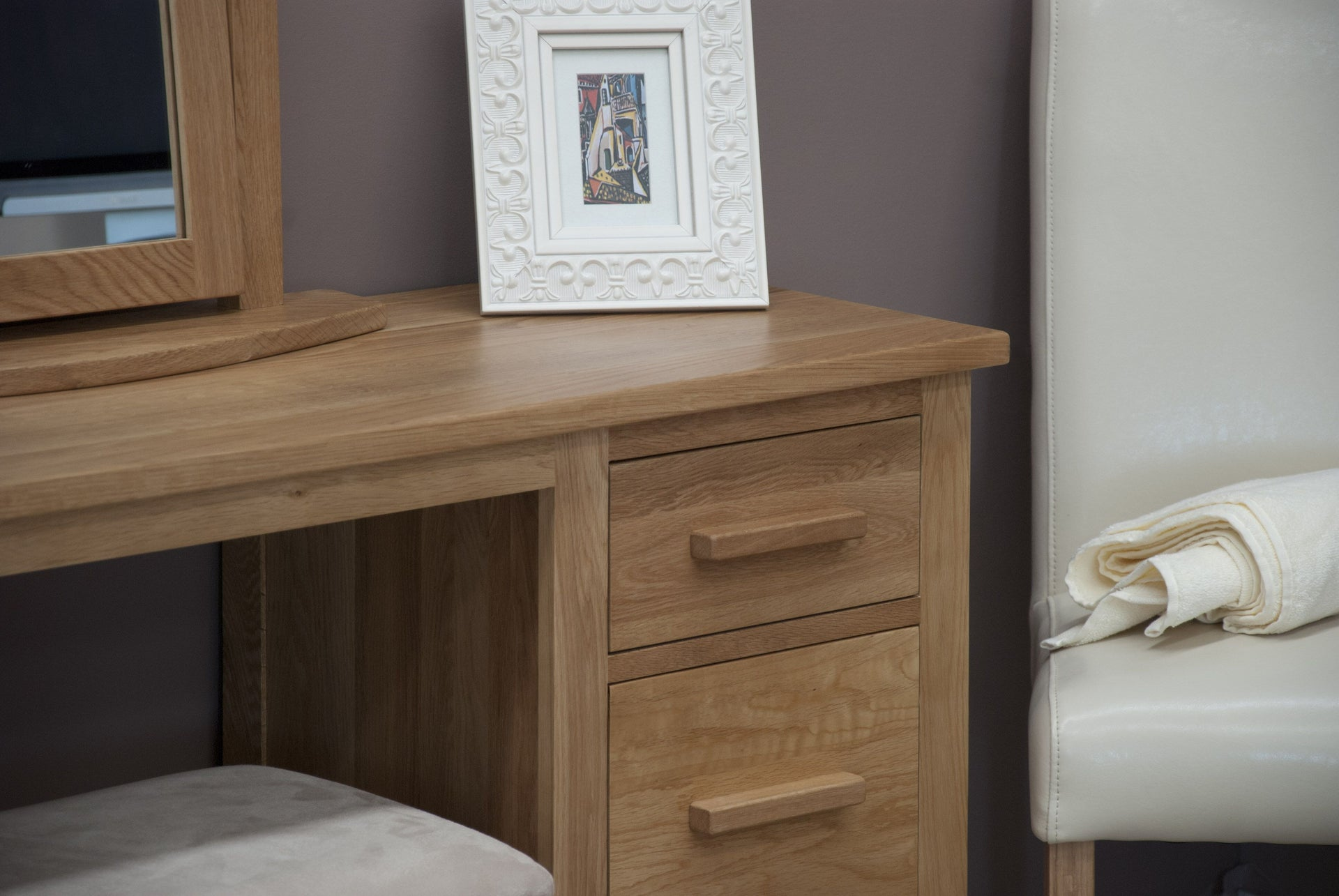 Florence Dressing Table And Stool