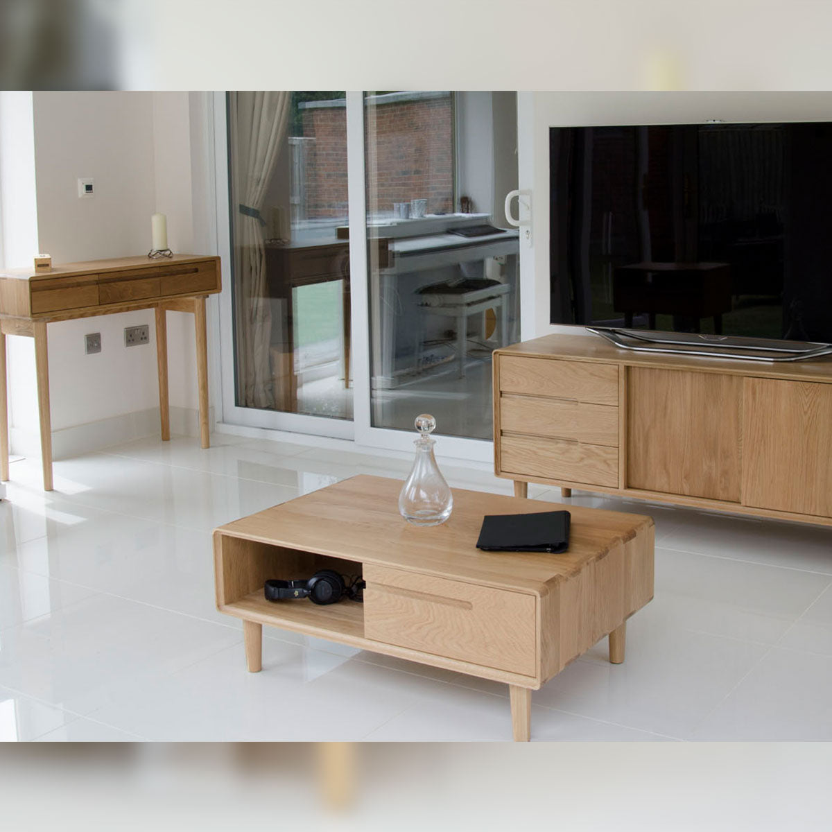 Scandic Oak Corner TV Unit