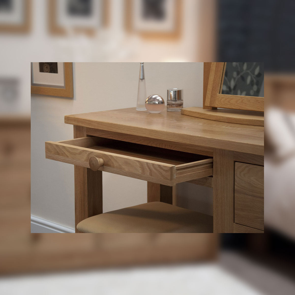 Valencia Deluxe Oak Dressing Table And Stool