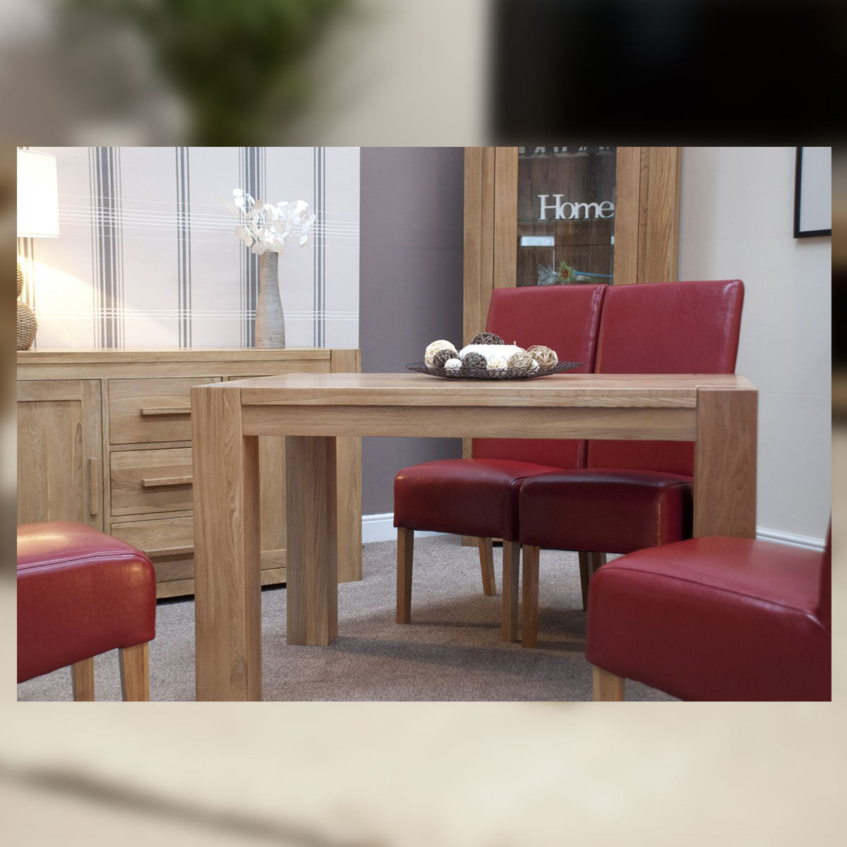 Barcelona Oak Small Chunky Dining Table 122 cm (4 ft) X 76 cm (30 Inch)