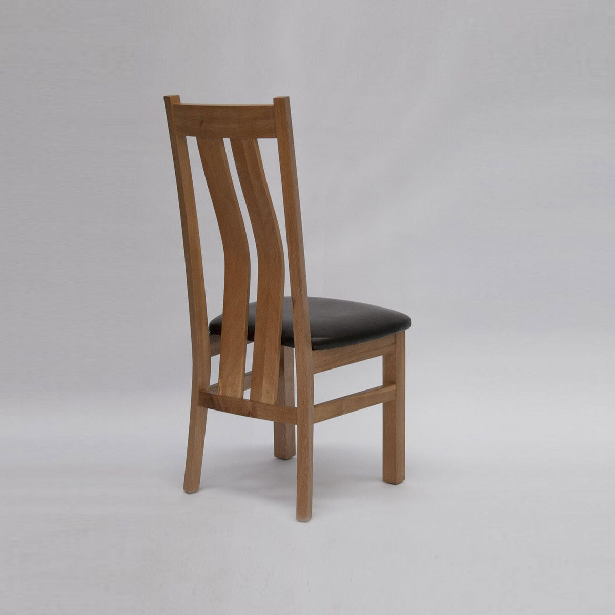 VERMARIA OAK CHAIR
