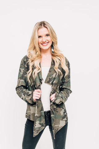 Camo Jacket with Zipper Detail
