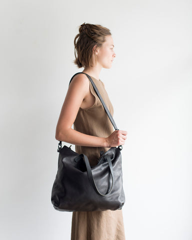 Zipper Tote in Black