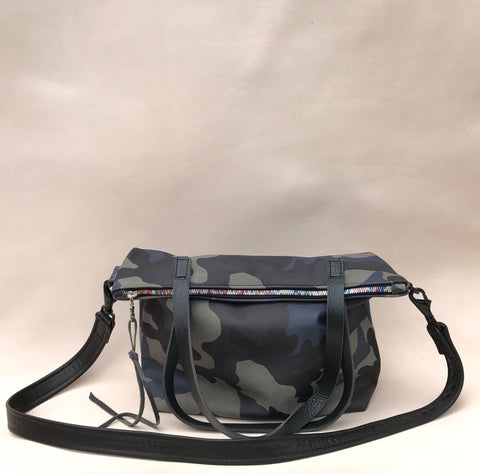 Zipper Tote Bag in Navy Camouflage