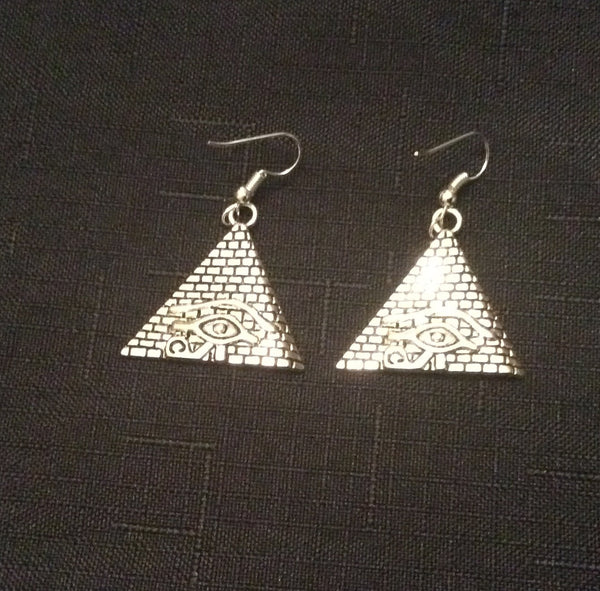 Pyramid Earrings - Natural Couture