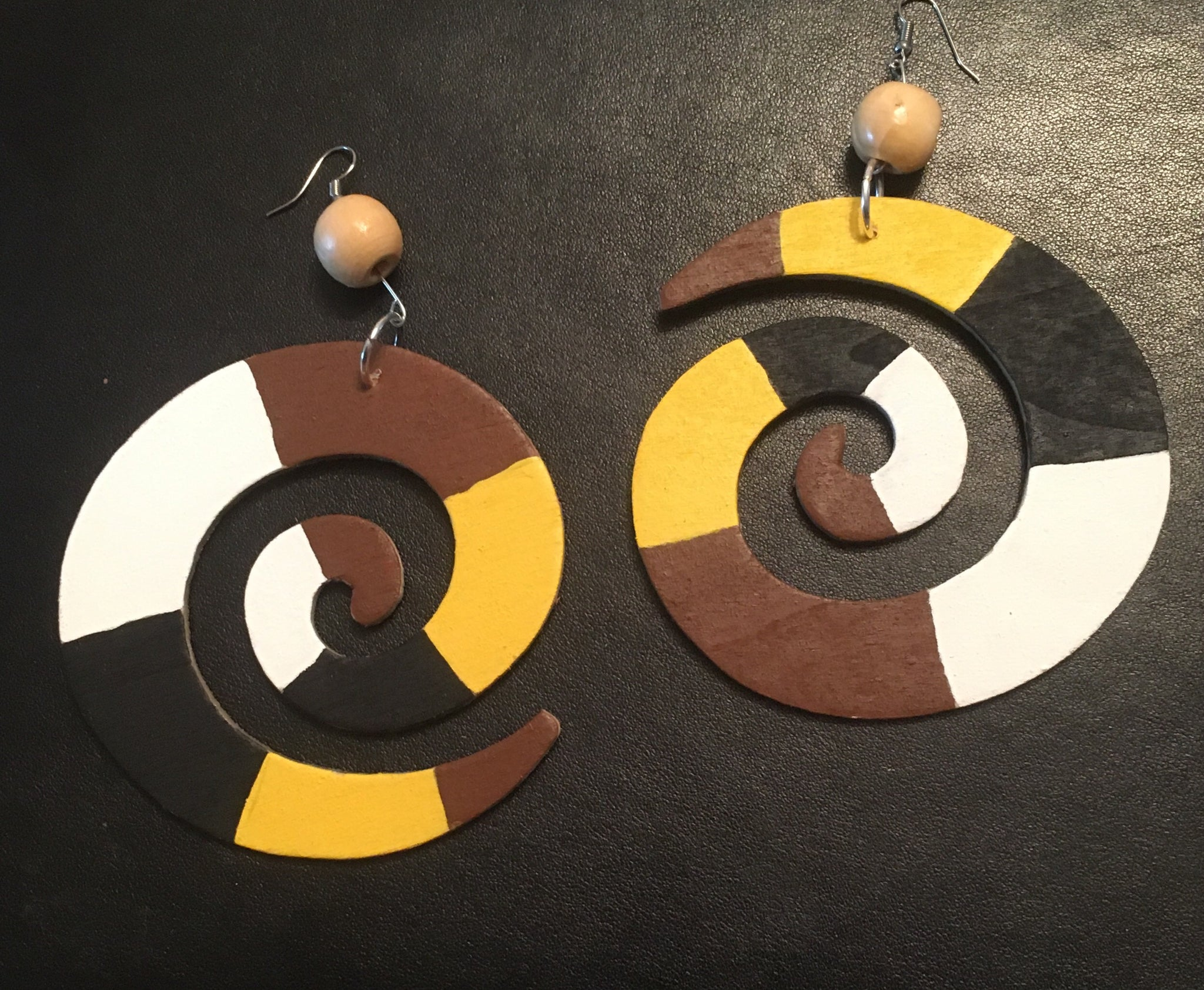 Unique Beauty Earrings - Natural Couture
