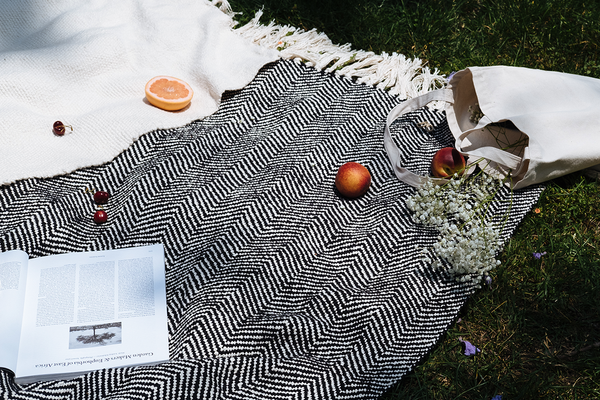 ELIO COTTON THROW BLANKET
