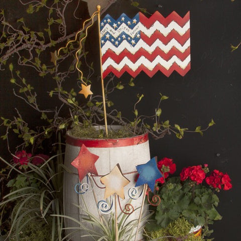 Round Top Patriotic Chevron Flag Yard Stake