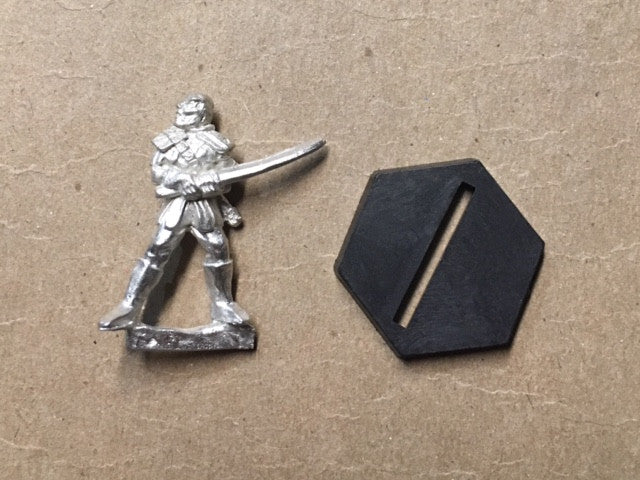 B5 RPG Narn Regime warrior figure (lunging with sword)
