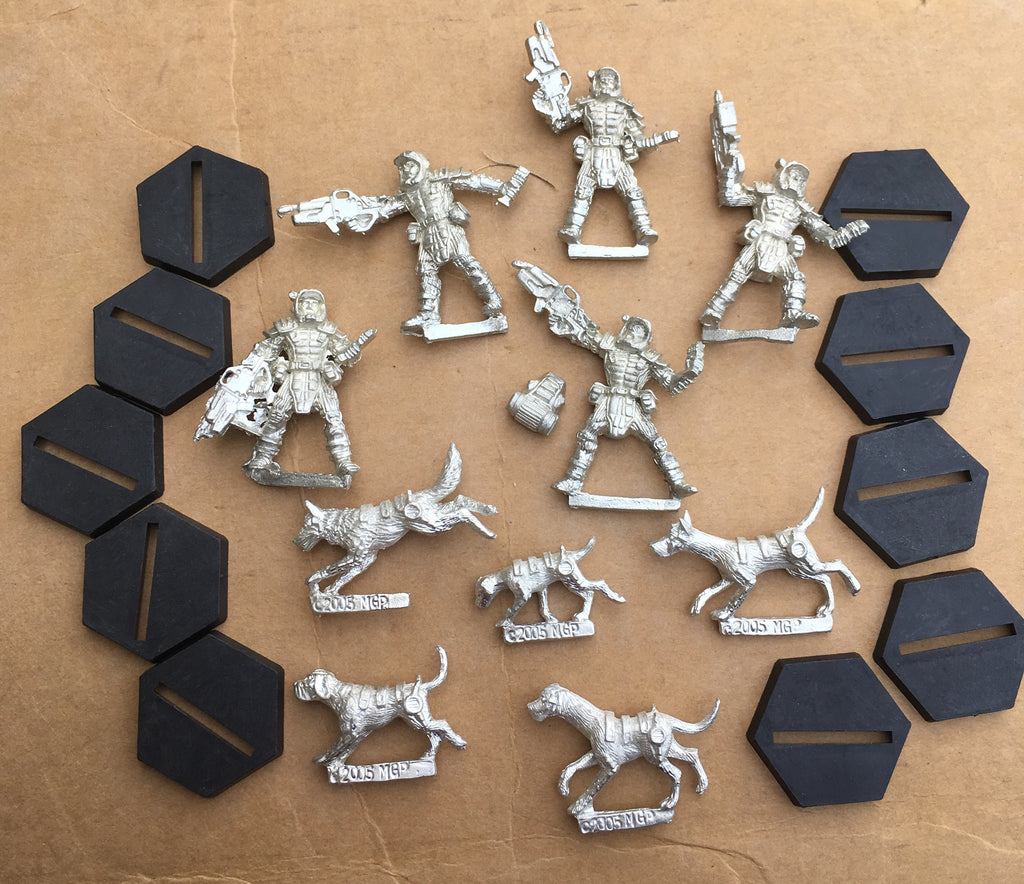 Starship Troopers Mobile Infantry Pathfinder K9 Squad (set of 10)