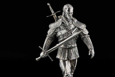 1 Kilo Witcher Geralt of Rivia White Wolf Figurine Silver Coin