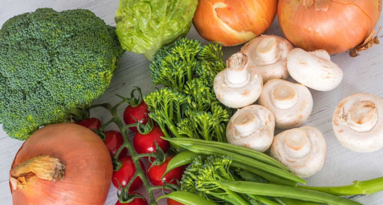 Broccoli, mushrooms, and peppers provide significant anti-inflammatory properties.