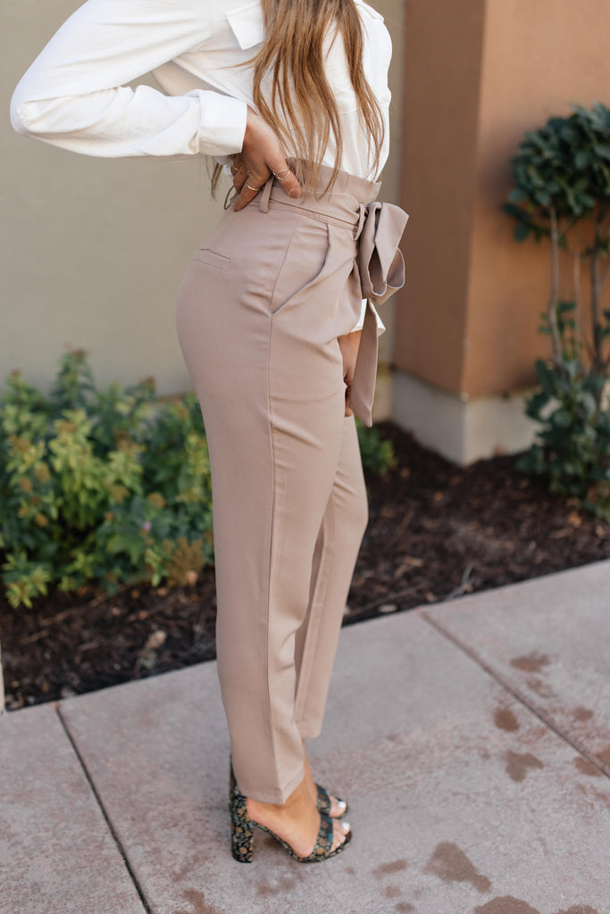 Business Woman Paperbag Pants in Khaki - Everest & Co.