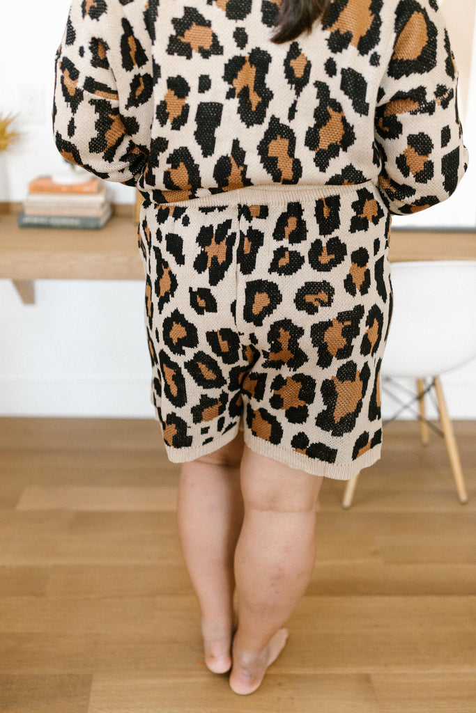 Chasing Sleep Lounge Set Shorts in Leopard - Everest & Co.