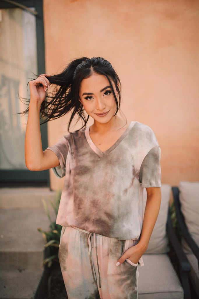 Forgotten Dreams Tie Dye Top In Taupe - Everest & Co.