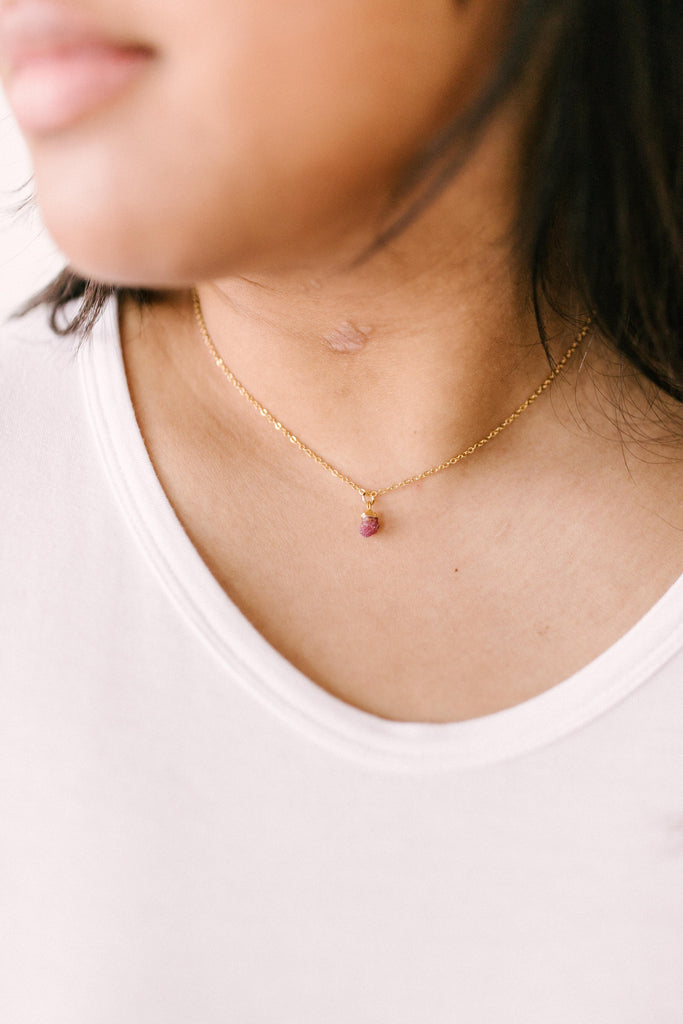 Garnet Nugget Necklace - Everest & Co.