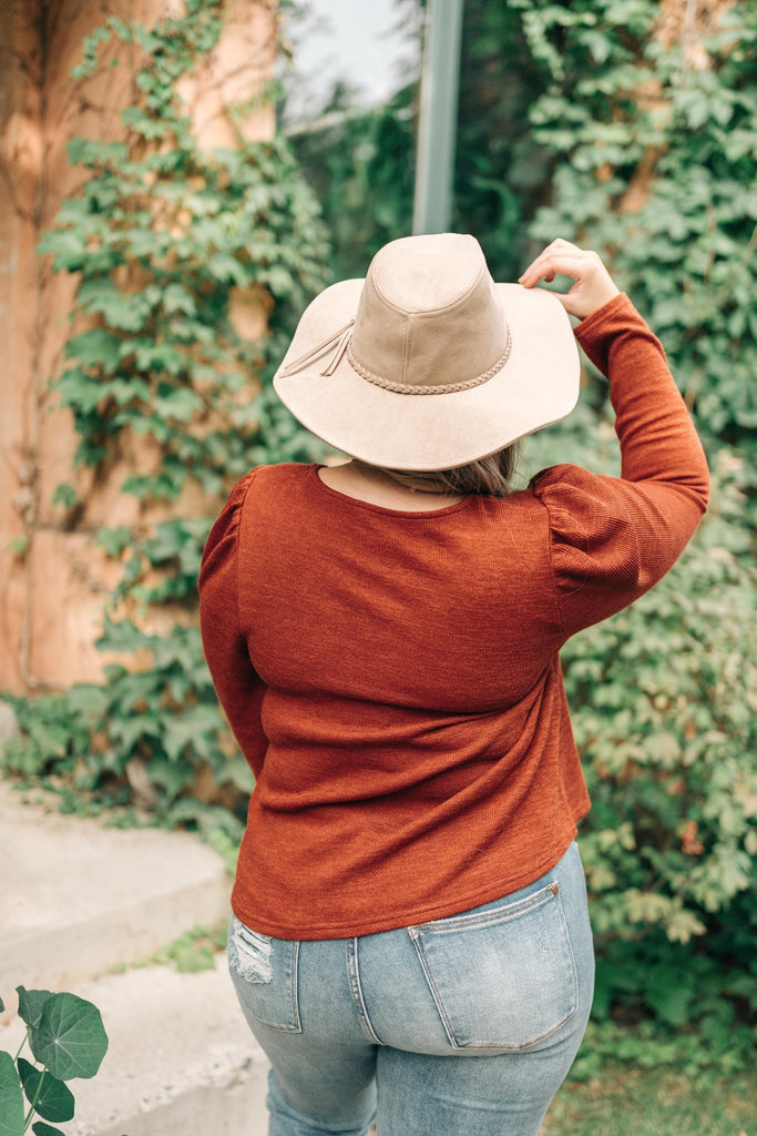 Very Pretty Top in Pumpkin Spice - Everest & Co.
