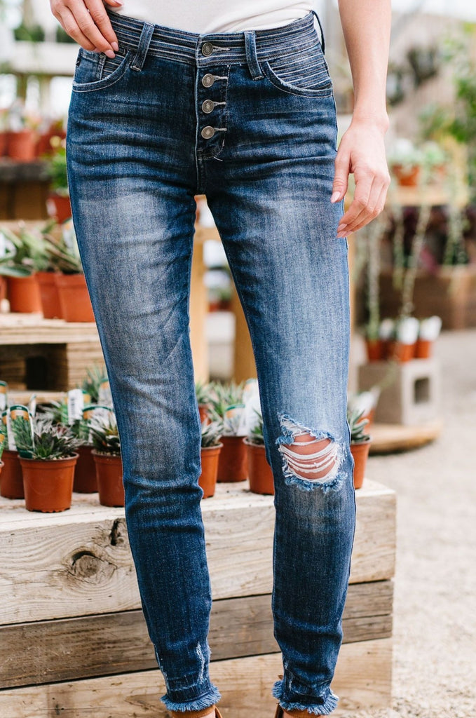 A Stitch In Time Jeans - Everest & Co.
