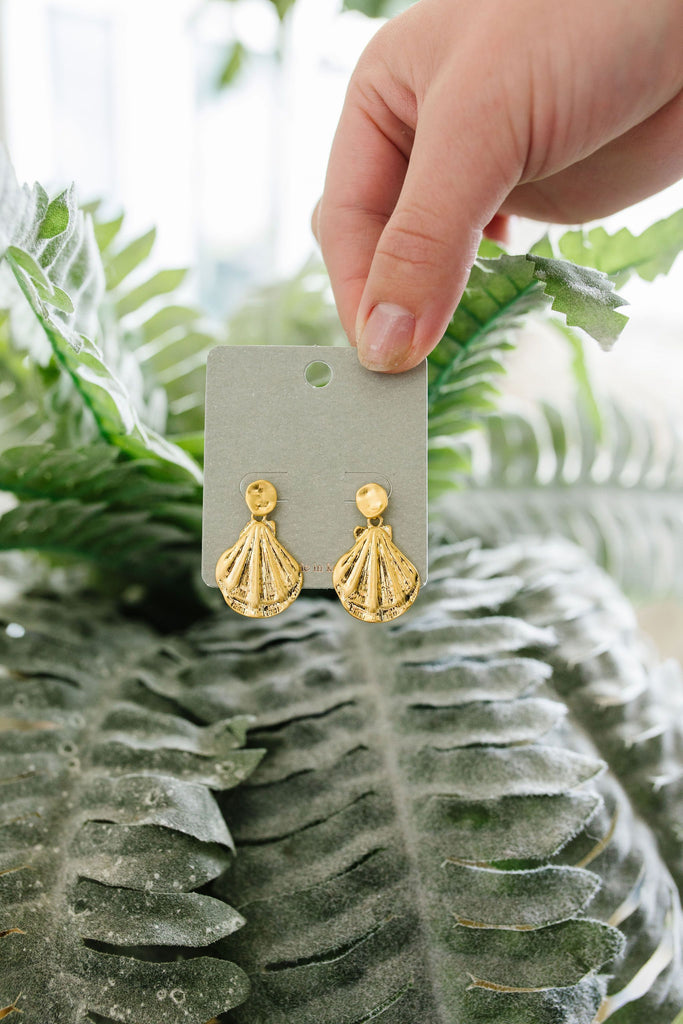 Dangling Sea Shell Earrings - Everest & Co.