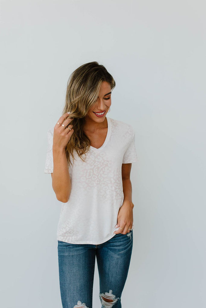 Fading Away Leopard V-Neck In Taupe - Everest & Co.