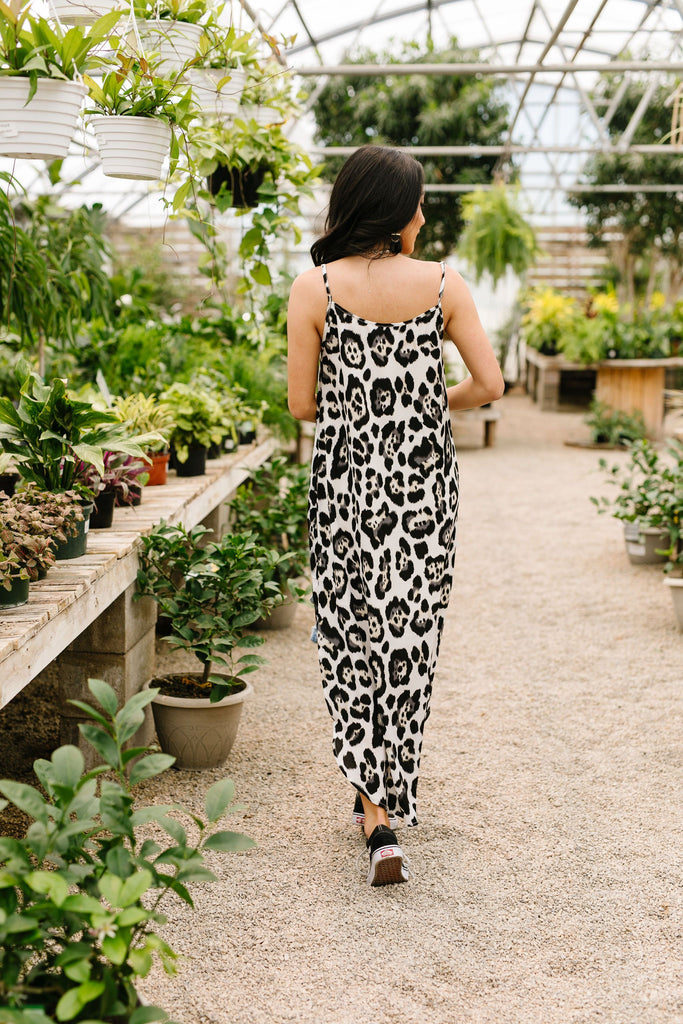 Spotlight Maxi Dress - Everest & Co.