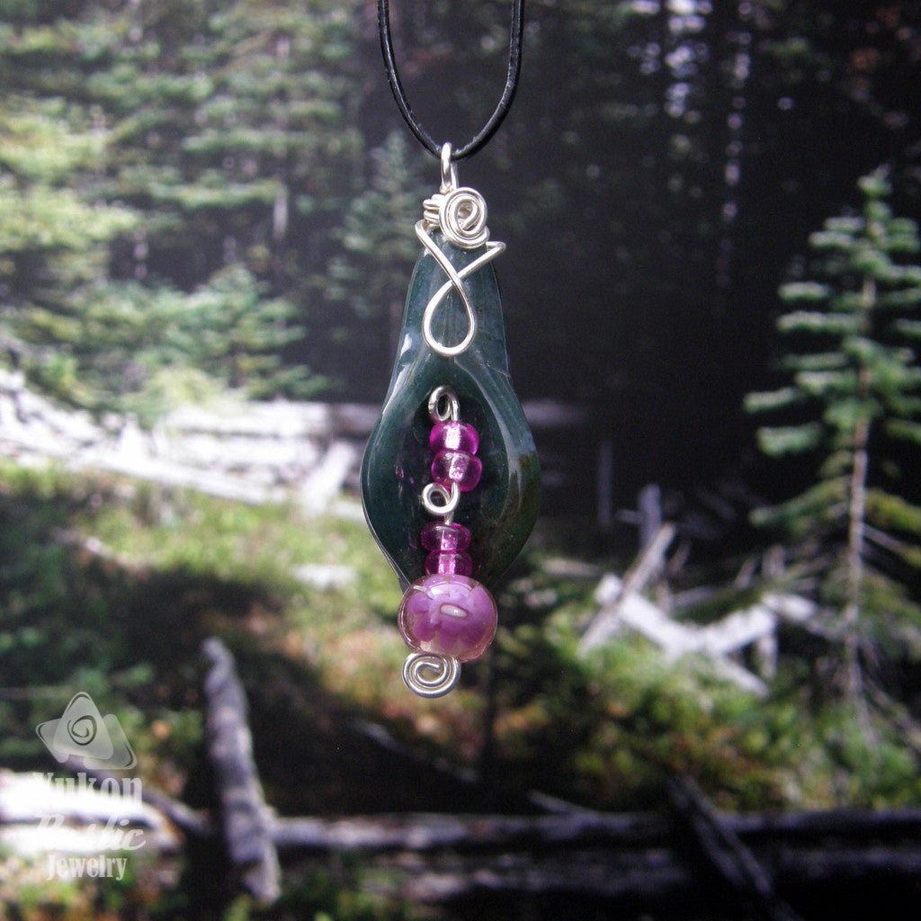 Green Moss Agate Petal Necklace (Purple Glass Beads - silver wire)