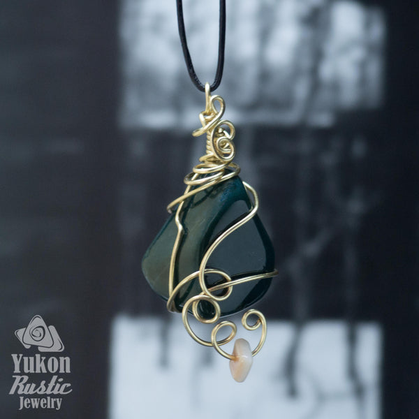 Bloodstone Pendant (gold wire)