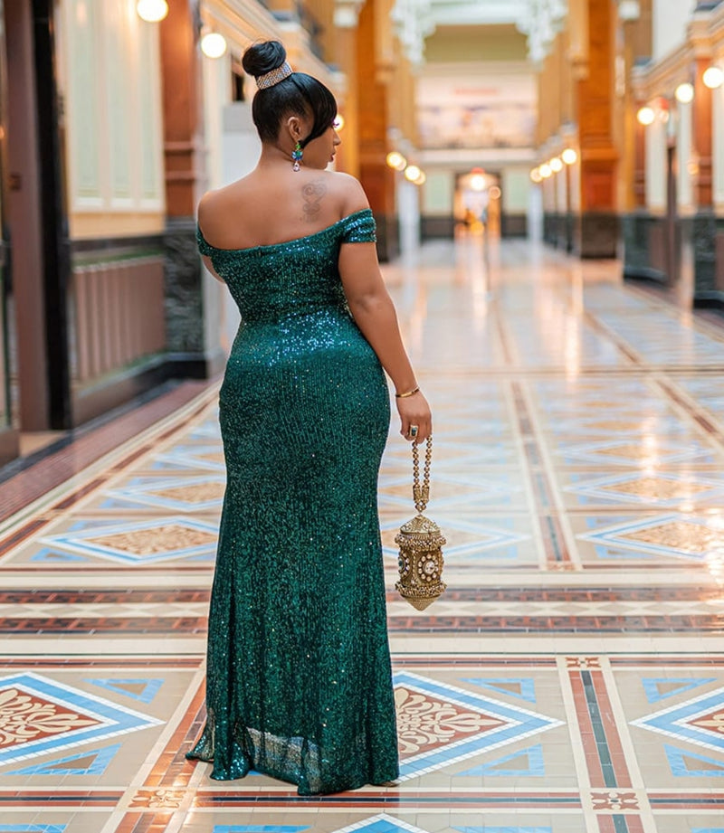 Jacqueline Luxe- Beaded/Sequin Floor Length Dress (Green💚 and Blue💙)