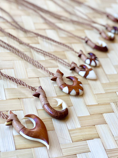Milo Wood Fish Hook Necklace - Moonbow Tropics
