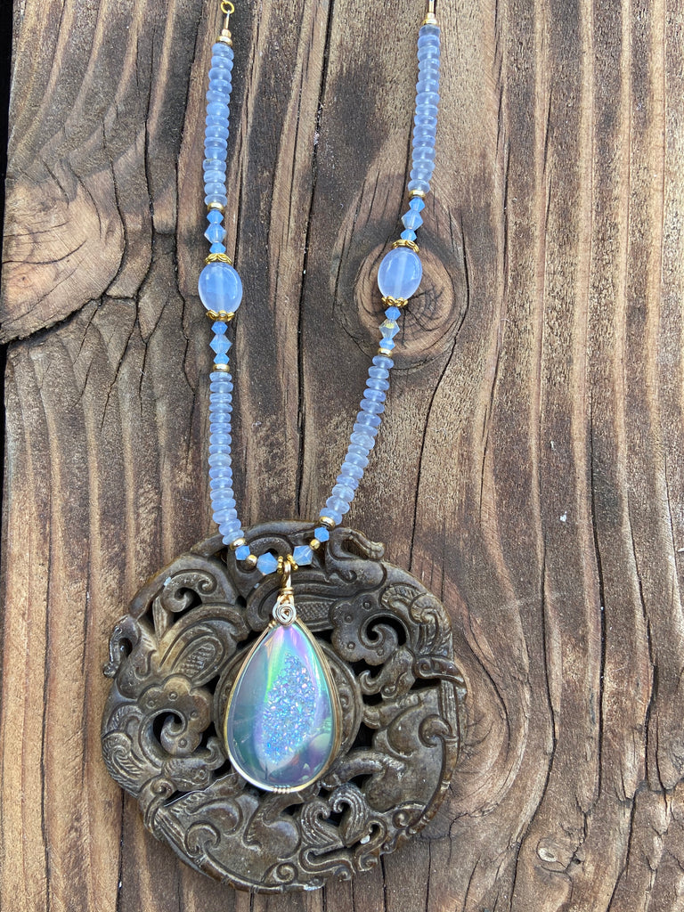 Drusy Crystal Necklace with chalcedony  adjustable in gold - Moonbow Tropics