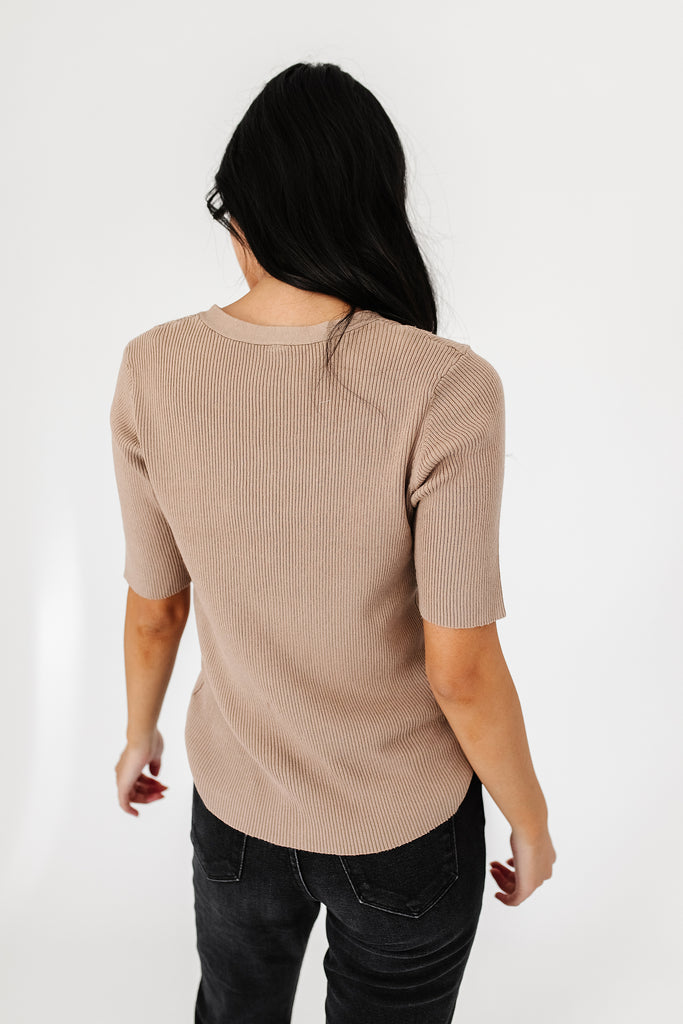 finn button knit top // mocha