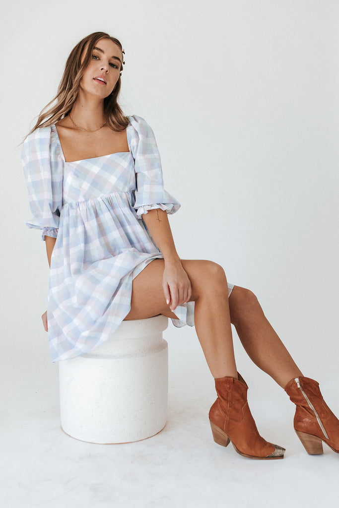 wide eyes babydoll dress // spring plaid