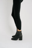 nicola heel boot // black