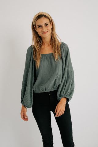 mix + mingle top // natural