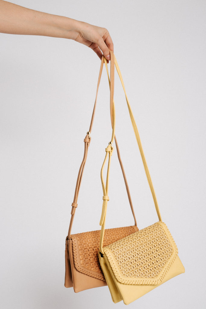 street level woven bag (2 colors!)