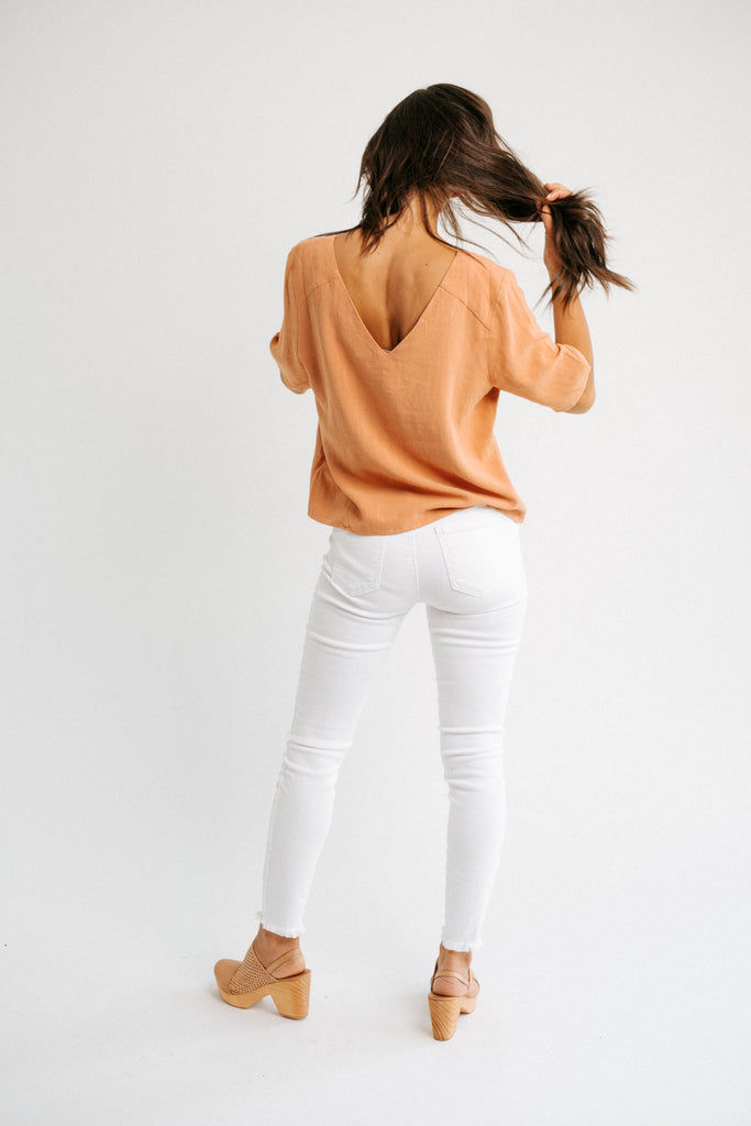 avery button top in sunset