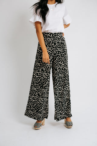 stila linen pants in natural