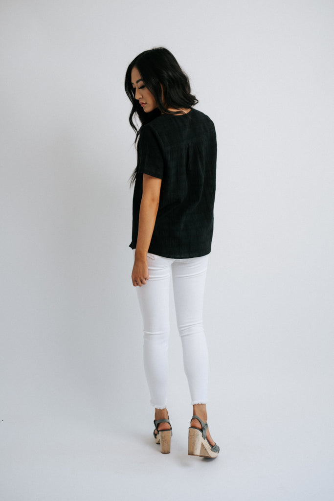 peta top in black *restocked*