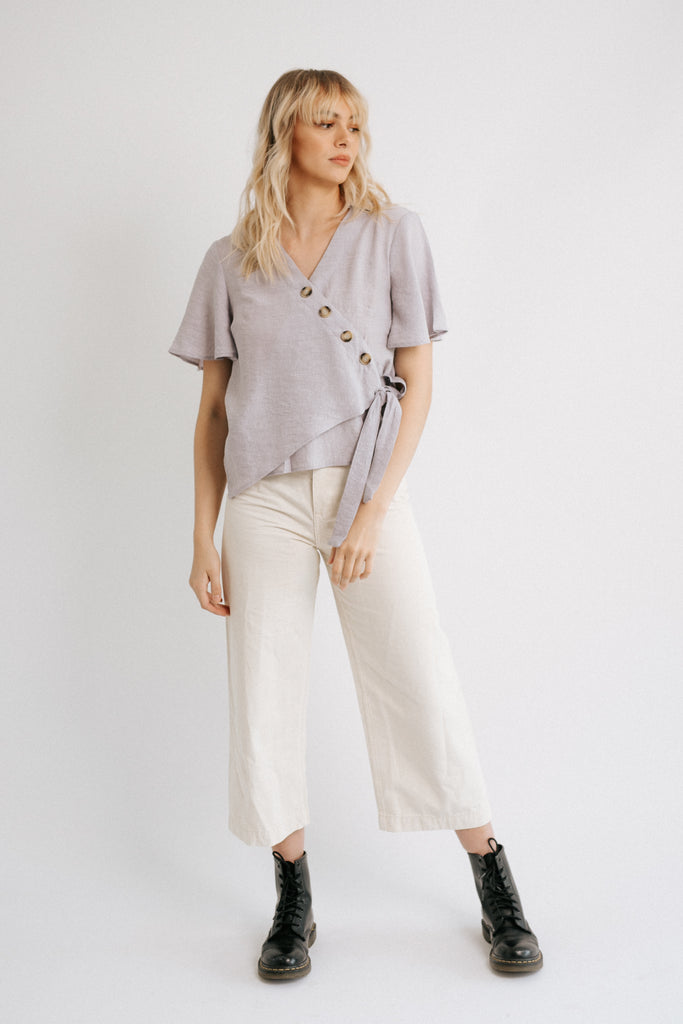 moon side button top in lavender