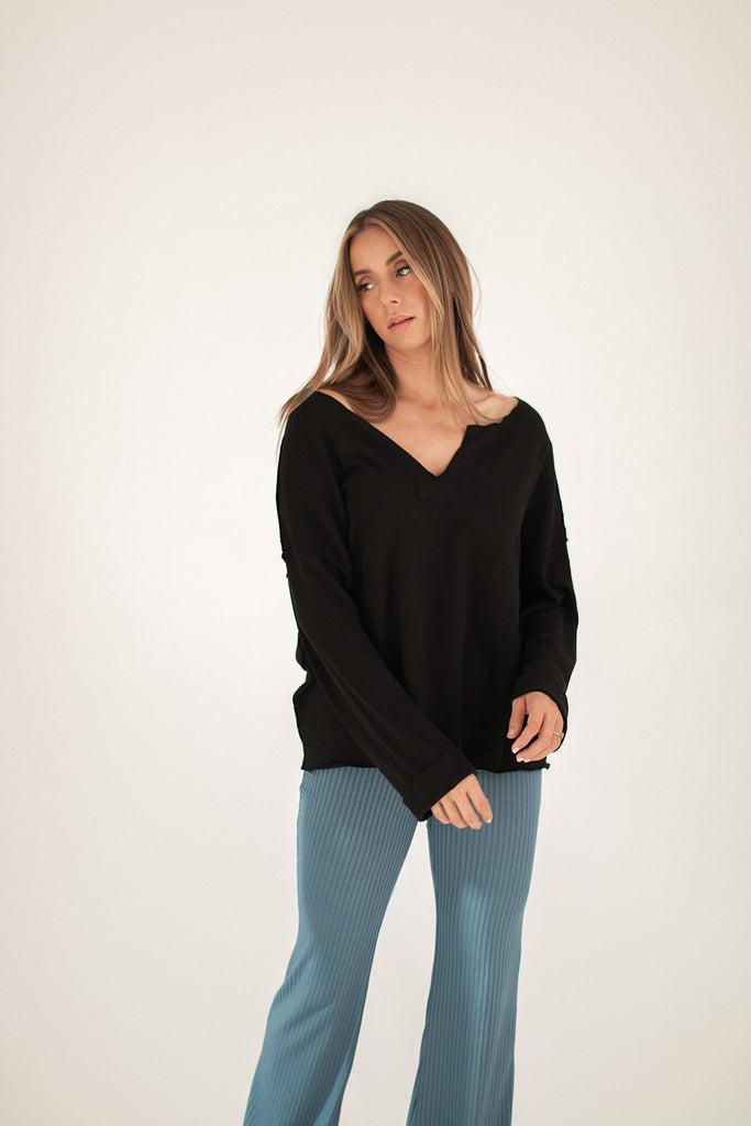 boo thang top // black