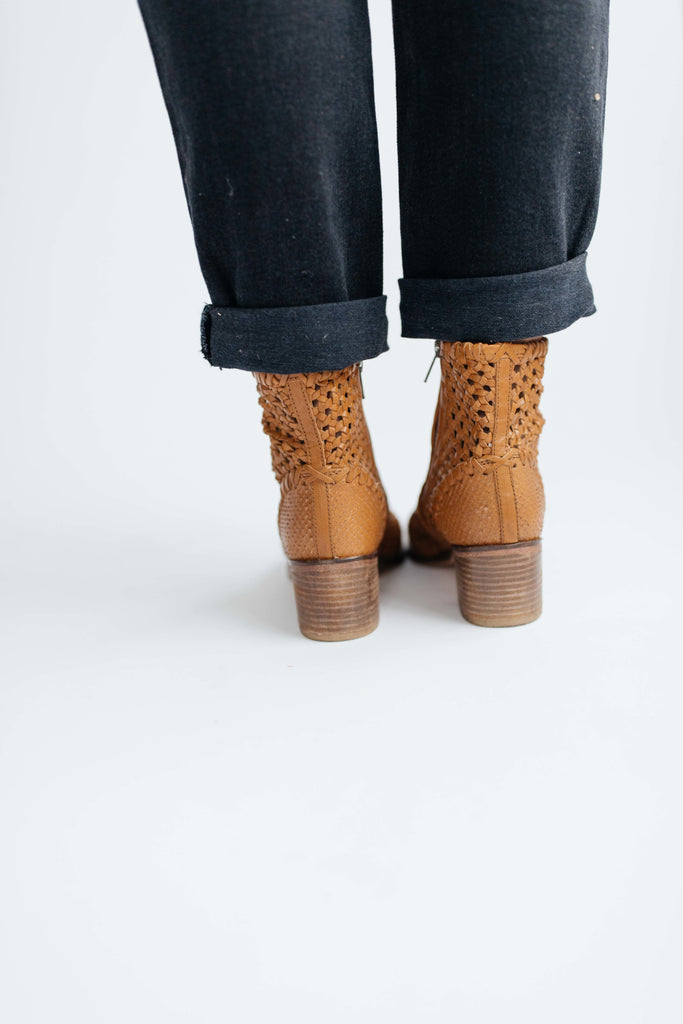 in the loop woven boot // free people