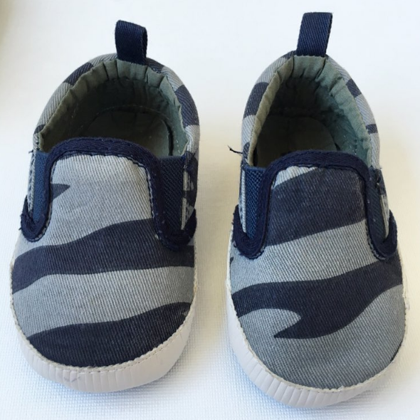 Baby Gap Tiger-Striped Slip Ons (6-12m)