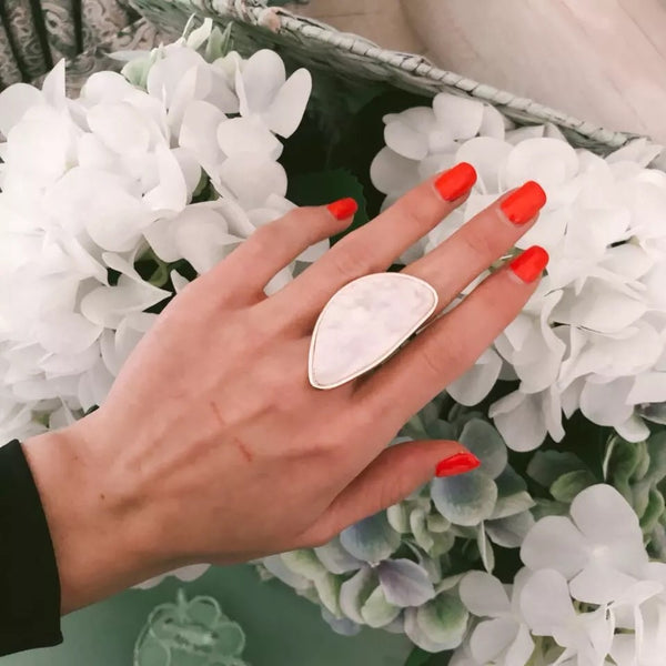 Pearlescent Ivory Statement Ring - 3️⃣ LEFT! - The Songbird Collection