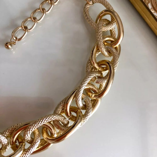 Venice Chain Link Necklace  - 5 LEFT
