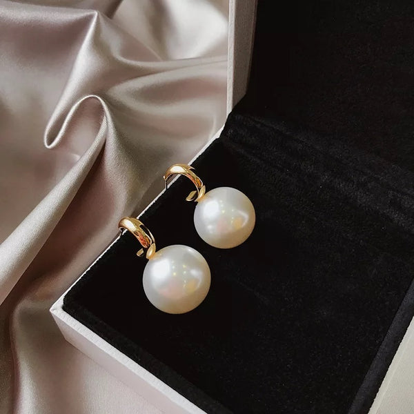 Milano Giant Pearl Earrings - 1 LEFT! - The Songbird Collection