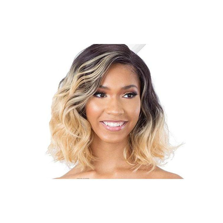 "MODEL MODEL LACE FRONT WIG  5"" LACE SIDE PART (CEO-01) - STARCURLS.COM"