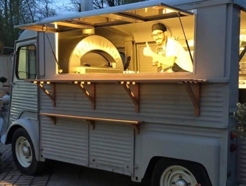 Wood-fired oven food truck
